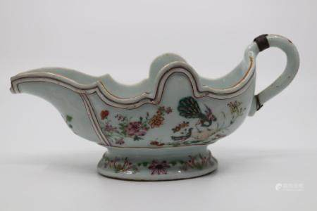 18TH CENT CHINESE EXPORT CELEDON WARE SAUCE BOAT, HAND PAINT