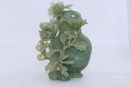 CHINESE JAD LIDDED JAR HIGHLY DECORATED WITH FINELY CARVED F
