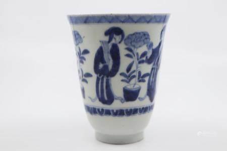 JAPANESE 19TH CENT CHINESE BLUE AND WHITE VASE/BEAKER, MADE