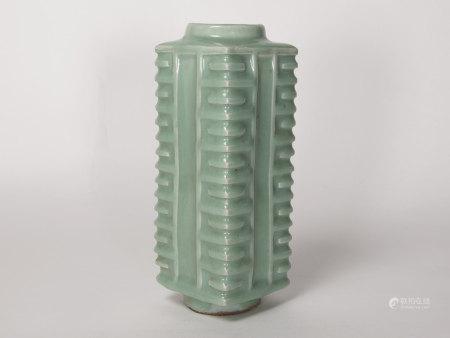 龍泉窯琮式瓶