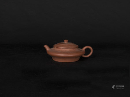 清代-「雲樂齋」款紫砂扁壺