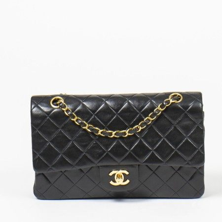 CHANEL | BLACK QUILTED LEATHER TIMELESS CLASSIC DOUBLE FLAP 26 WITH GOLD HARDWARE