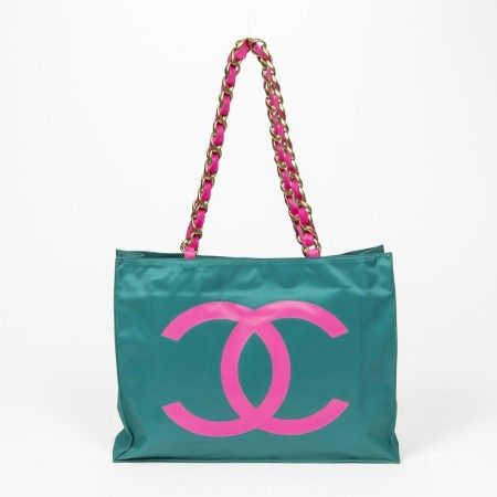 CHANEL | DARK GREEN AND NEON PINK CANVAS RARE VINTAGE LARGE LOGO TOTE  WITH GOLD HARDWARE