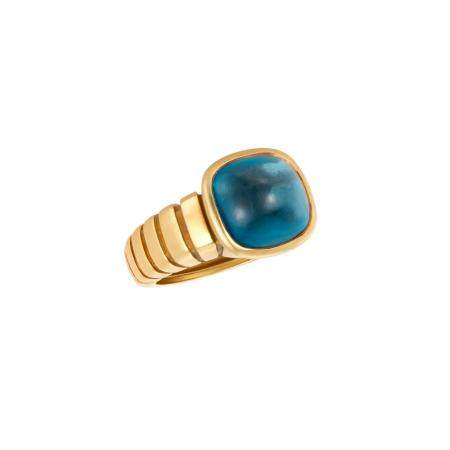 Van Cleef & Arpels Gold and Cabochon Blue Topaz Ring