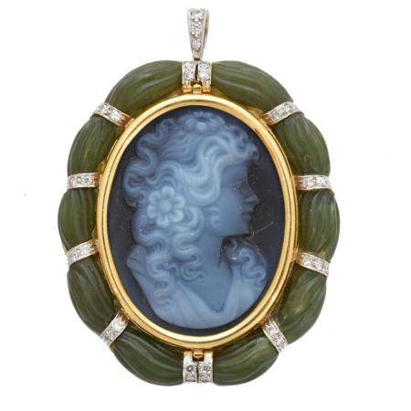An 18ct gold hardstone cameo brooch,