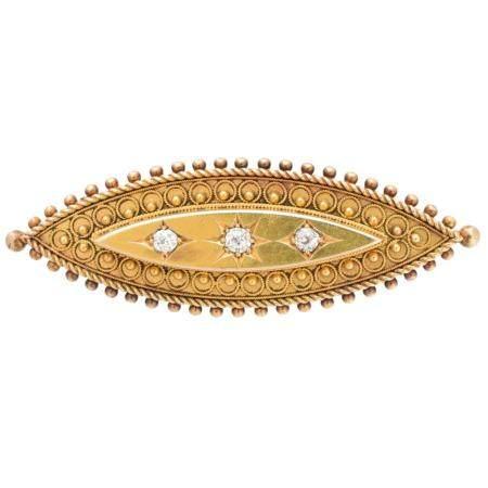 A late Victorian diamond brooch,