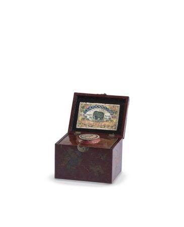三〇年代 香港 龍德記金圃烏龍茶、繪花鳥紋木盒