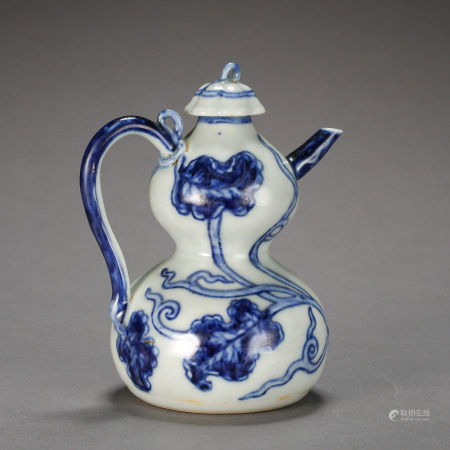 ANCIENT CHINESE BLUE AND WHITE PORCELAIN GOURD BOTTLE