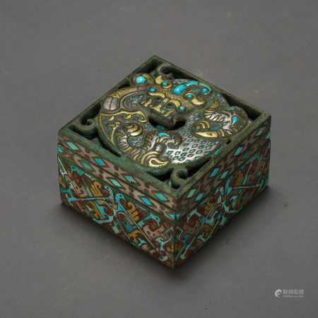 ANCIENT CHINESE BRONZE BOX INLAID WITH GOLD, SILVER, AND TURQUOISE