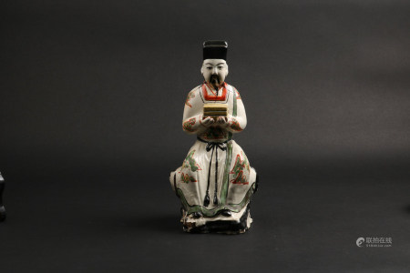 A Chinese Red and Green Glazed Porcelain Figure