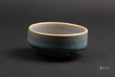 A Chinese Jun-Type Glazed Porcelain Bowl