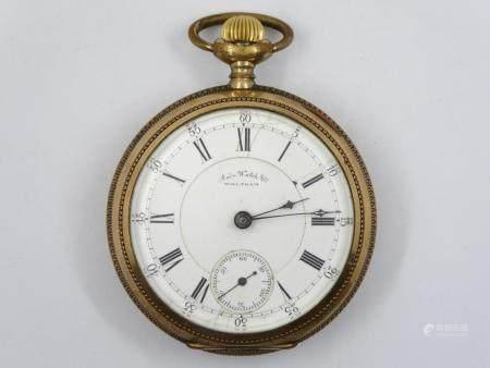 WALTHAM, Montre à gousset en métal doré, diamètre sans la couronne 5,5cm. Le cadran émaillé bla