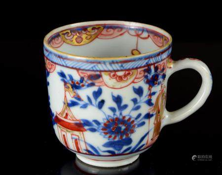 A good quality, small Imari cup, Japan or China, 19th centur
