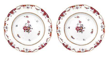 Pair of porcelain plates, rose family, China, seventeenth ce