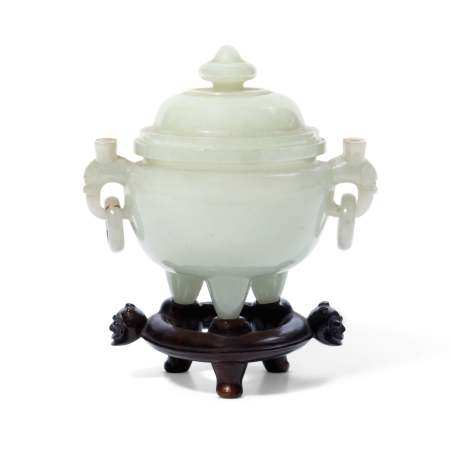 A CHINESE WHITE JADE CENSER AND COVER