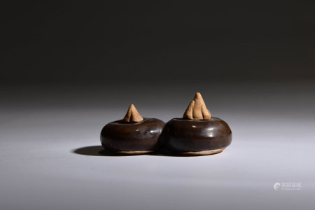 A Pair of Chinese Bionic Porcelain Water Chestnuts
