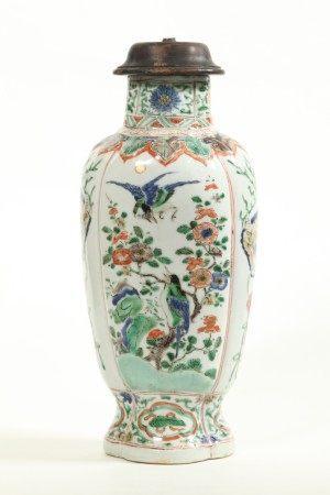 Chinese Kangxi ca 1700 Famille Verte Porcelain Jar