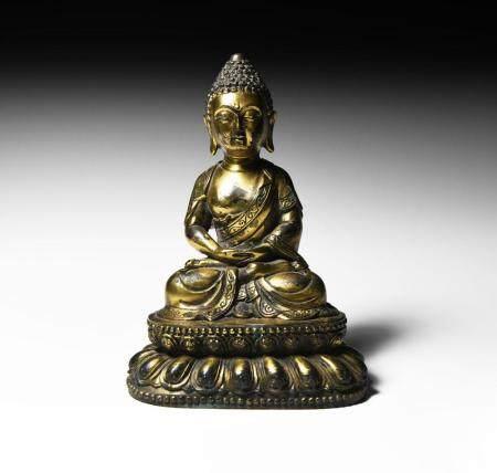 Chinese Qing Gilt Meditating Buddha
