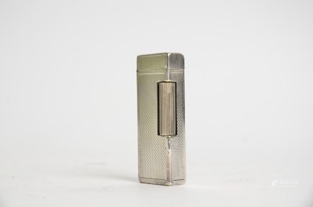 A 20th Century Dunhill lighter, the base marked with model numbers, Dunhill London and Made in