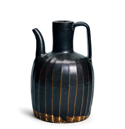 淄博窑黑釉线条壶