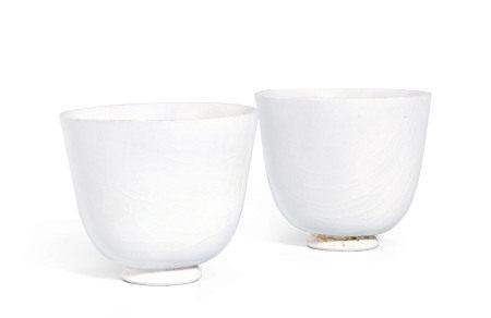 白釉杯 (一对)