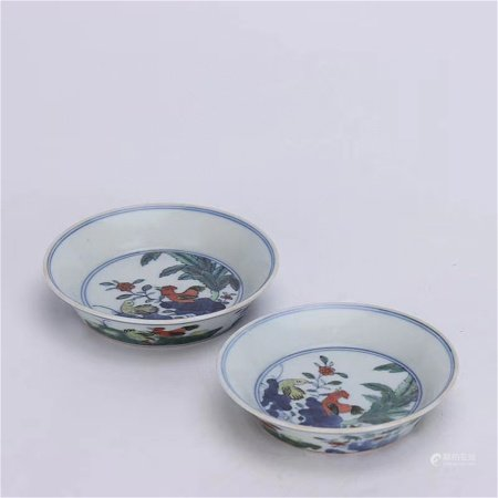 A Pair of Chinese Wu-Cai Glazed Porcelain Plates