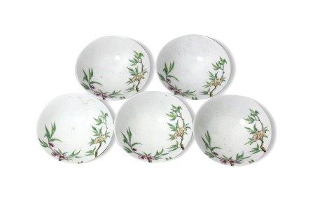 A Set of Five Famille-Rose 'Floral' Teacups, Guangxu Mark but later, Republic民国 粉彩花卉纹茶盏 一组五件 大清光绪年制款