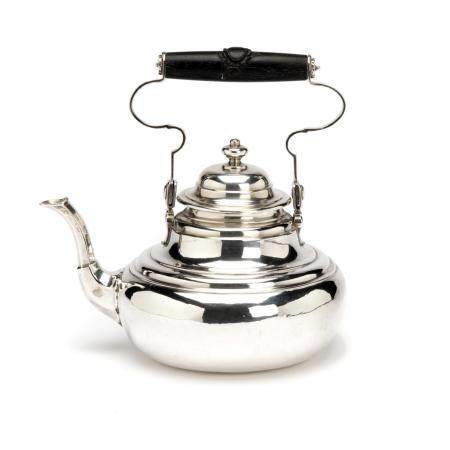 A fine Dutch small silver kettle, Amsterdam