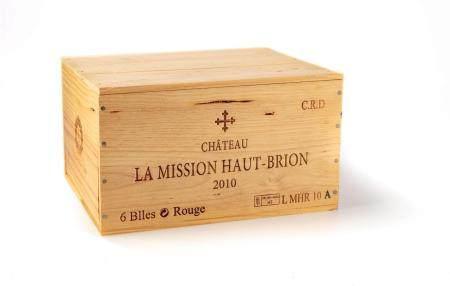 6 B CHATEAU LA MISSION HAUT-BRION (Caisse Bois) GC Graves 2010