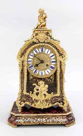 Boulle-Uhr, 2. H. 19. Jh., auf korrespondierender Konsole, mit aufgesetzten