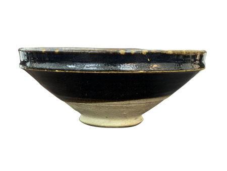 元代  河北磁州窑系黑釉束口盏