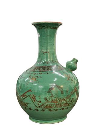 清早期 外销瓜皮绿釉描金浄水瓶