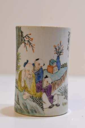 Famille Verte Porcelain brushpot
