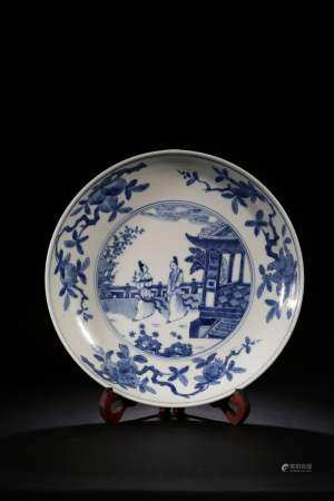 A BLUE AND WHITE DISH.QING PERIOD
