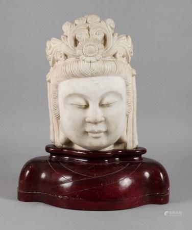 Guanyin-Haupt Marmor20. Jh., unsigniert, Marmor behauen, Kopfstück des Bodhisattva der