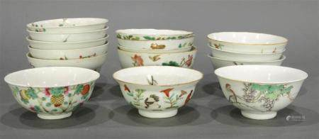 (lot of 15) A group of Chinese Famille Rose bowls, each of v