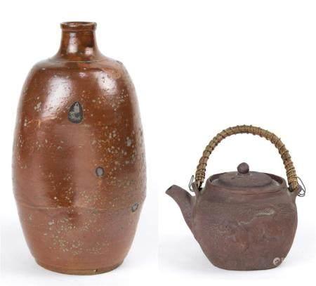 (lot of 2) Japanese ceramic items: a stoneware sake bottle 1