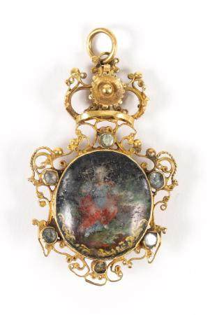 Spanish Gold Filigree Hand Painted Reliquary Pendant, 17th/18th Century    FJS1