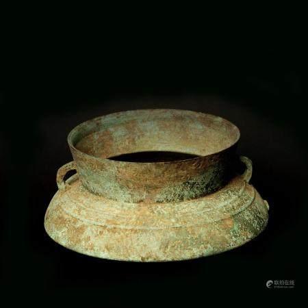Jarre à alcool Bronze à patine de fouille Vietnam, ethnie Jaraï XIXème siècle