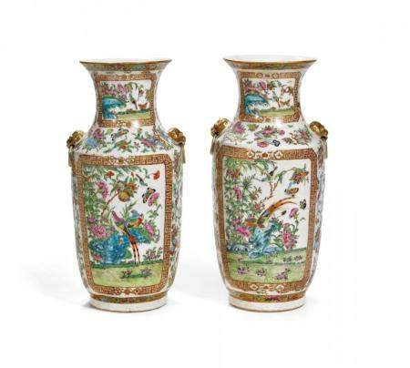 PAIR OF POLYCHROME PORCELAIN BALUSTER VASES CHINA, SECOND HA