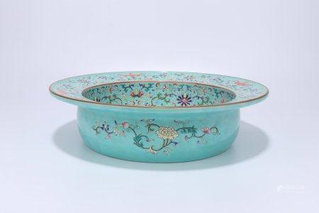 A Chinese Famille-Rose Porcelain Flower Vase,Qing Dynasty