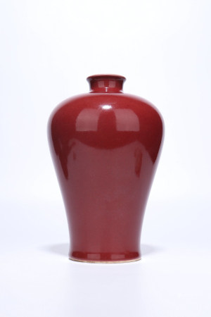 A Chinese Red Glazed Porcelain Meiping,Qing Dynasty