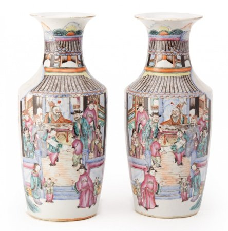 A PAIR OF CHINESE FAMILLE ROSE PORCELAIN BALUSTER VASES