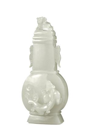 清代 白玉螭龍方瓶