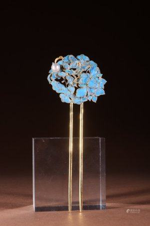 "A Chinese Gilt Silver ""Butterfly And Flower"" Hairpin"