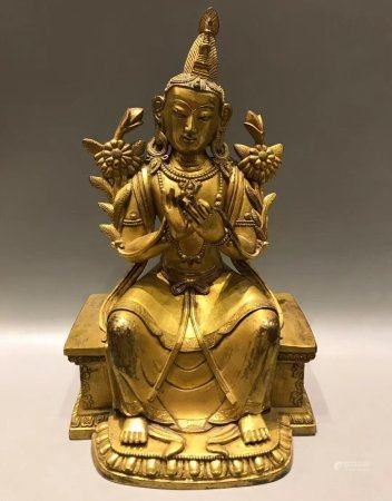 A Chinese Gilt Bronze Statue,Qing Dynasty