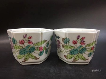 A Pair Of Chinese Famille Rose Porcelain Hexagonal Jars