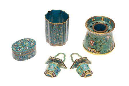 FIVE CHINESE CLOISONNE ENAMELLED SCHOLAR'S ITEMS