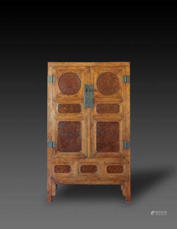 17th/18th Century - A Huanghuali Insert Burlwood Cabinet