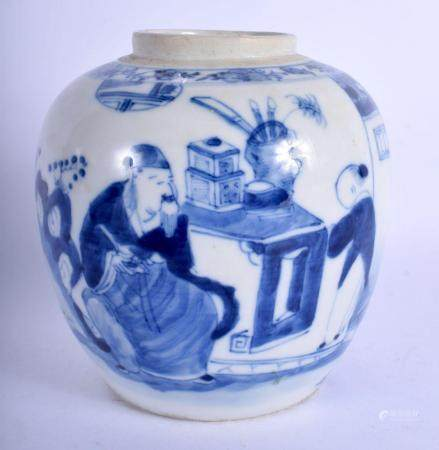 AN 18TH/19TH CENTURY CHINESE BLUE AND WHITE PORCELAIN GINGER